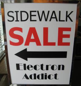 SidewalkSaleSign